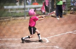 Softball – Slow Pitch